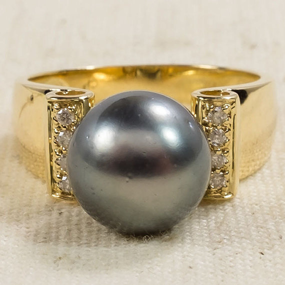 Pearl Ring 2