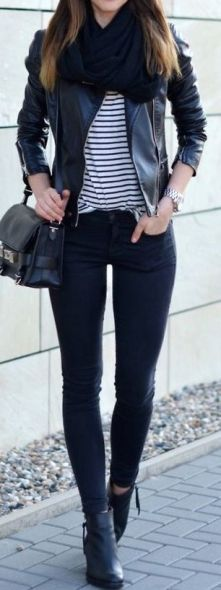 black-striped-tee