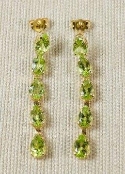 peridot-earrings
